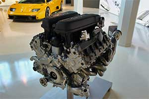 Етапи підготовки двигуна до заміни масла