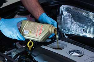 Перевірка якості масла в двигуні. Розглядаємо на прикладі моторного масла Volkswagen